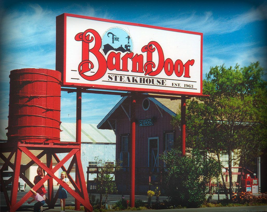 Barn Door Steakhouse Odessa Tx Oh The Places Ill Eat