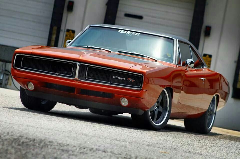 Dodge Charger R/T..