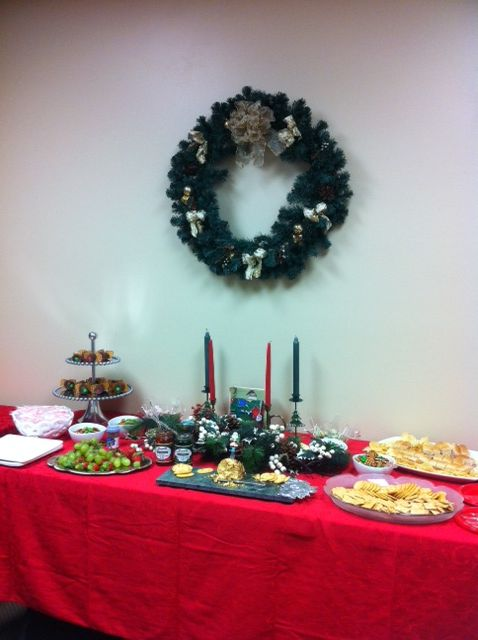 Office Christmas party decor Office Holiday Ideas Pinterest