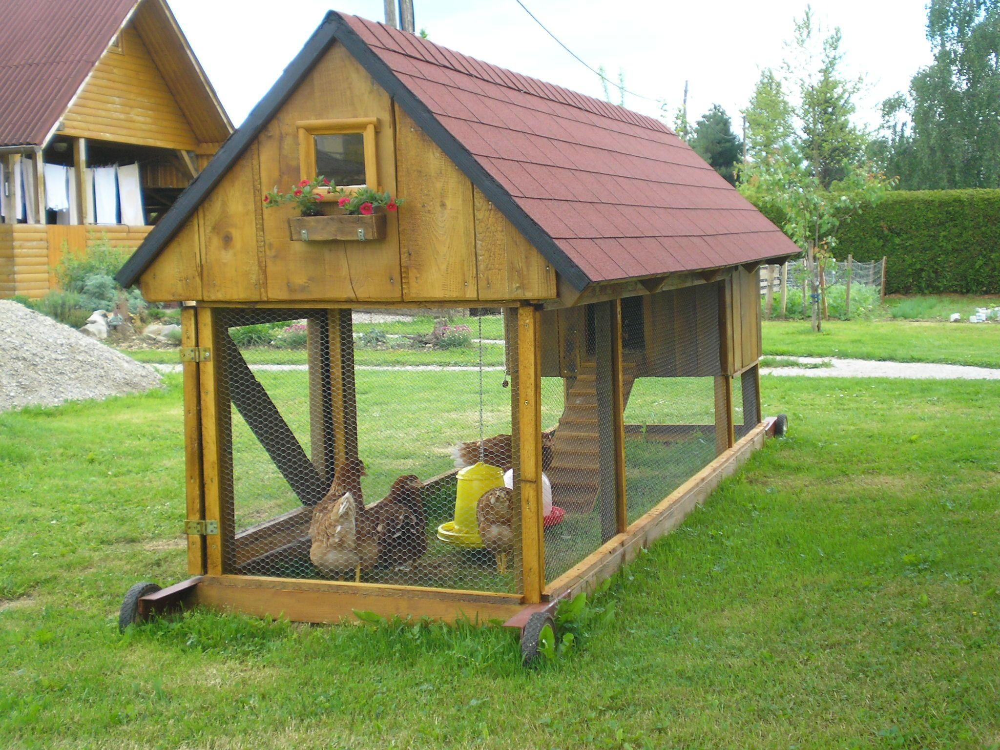 Coco Chanel Castle | Diy chicken coop plans, Chickens ...