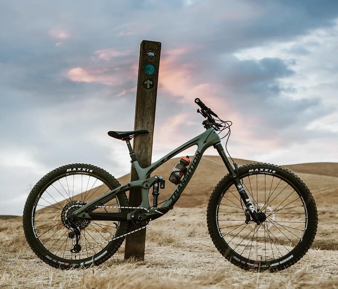 Pinkbike On Instagram Pbreaderrides From Ploplez Photos Of Their Transitionbikes Patrol Looking What Do You With Images Enduro Mtb Bike Photography Mountain Biking