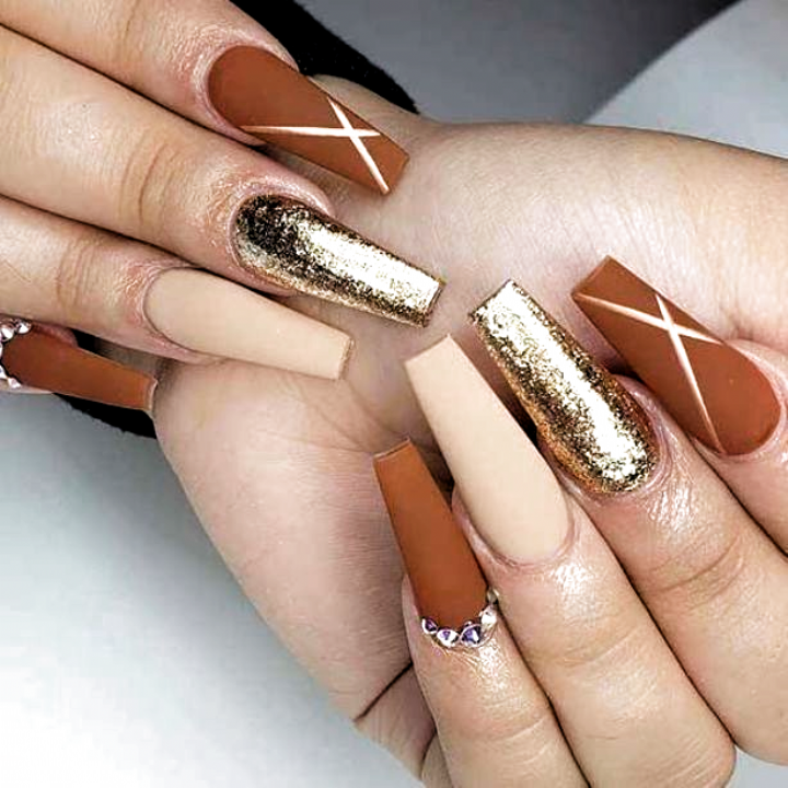 Matte Coffin Nail Design For Fall Fall Nails Ideas Acrylic In 2020 Matte Nails Design Fall Nail Designs Coffin Nails Designs
