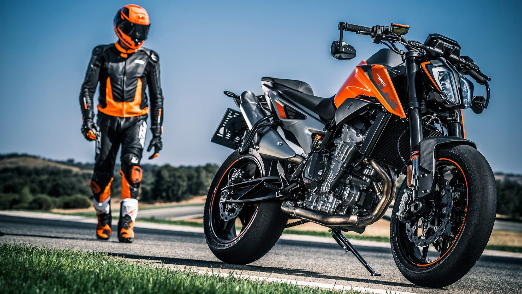 2018 Ktm 790 Duke Is Here And Is Just Wow Ktm Motorcycles