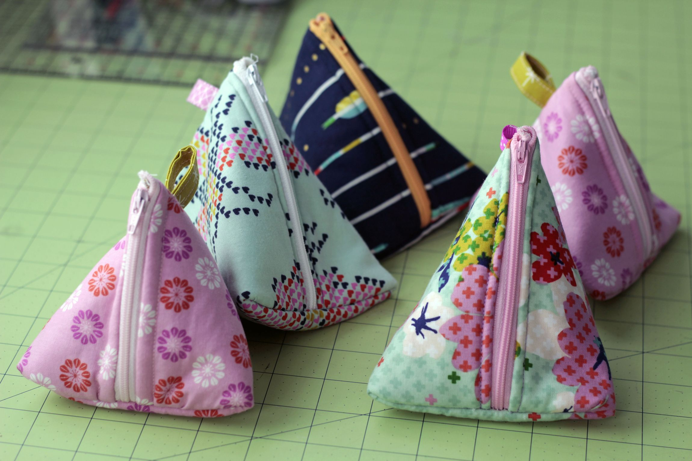 triangle zipper pouch with cotton and steel fabrics. Perfect for my hair clips!