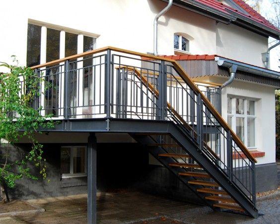 Terrasse Aus Stahl terrasse stahl holz 564x450 jpg 564 450 stair