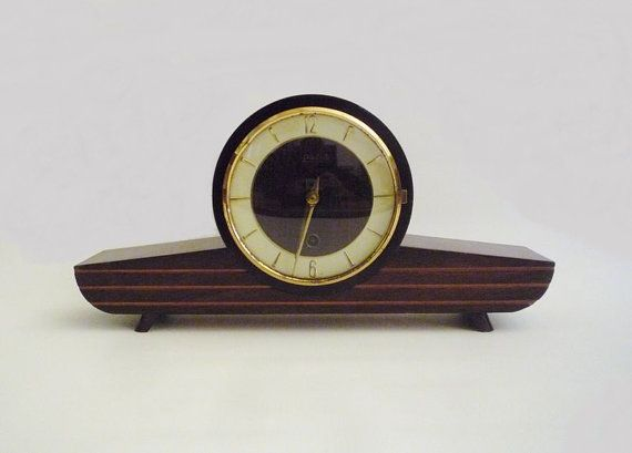 Vintage Wind up Table Clock Wehrle with Key by oppning on Etsy, €120.00