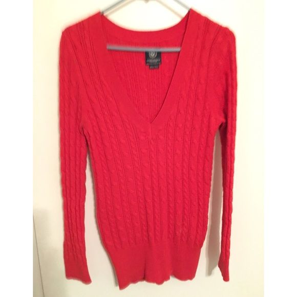 LOWEST/FINAL PRICE 🎉Vneck Sweater | Hot pink sweater, Pink ...