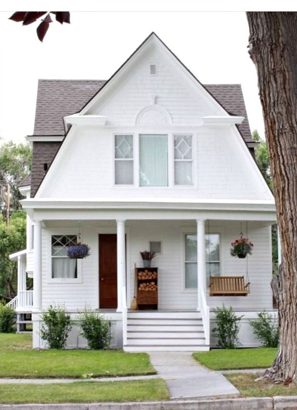 Charming White House In Three Forks Montana Cabins And Cottages House Hunting White Houses