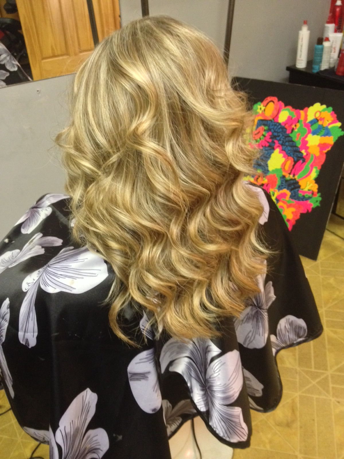 Hilites and lowlites by whitney bell at kj nutt u friends hair