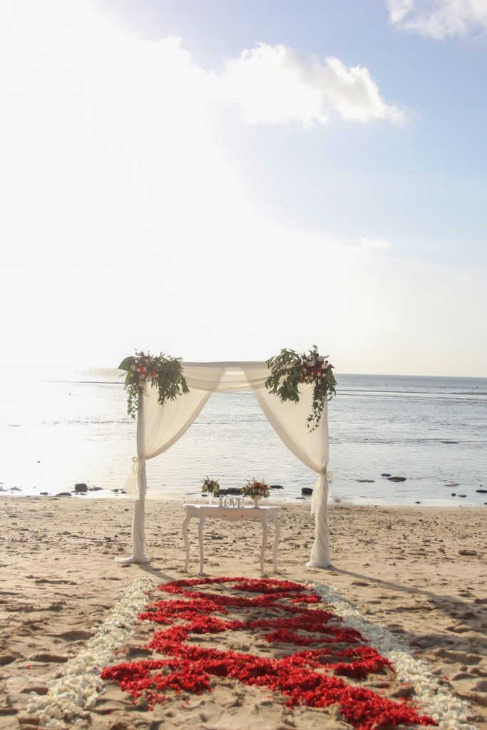 Special And Intimate Bali Beach Wedding Beach Wedding Packages Bali Beaches Beach Wedding