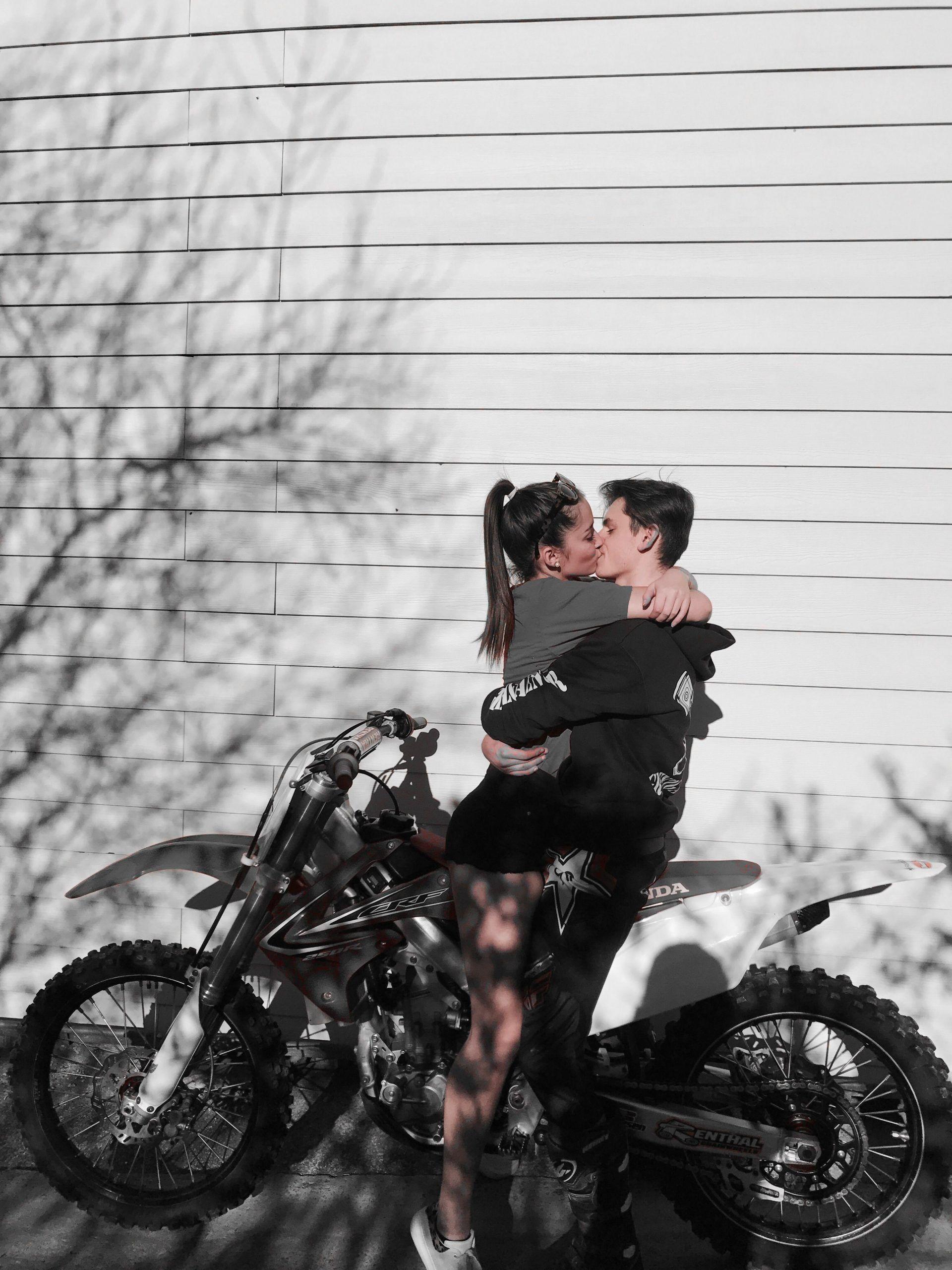 Enamorados Fotos De Parejas En Moto Tumblr