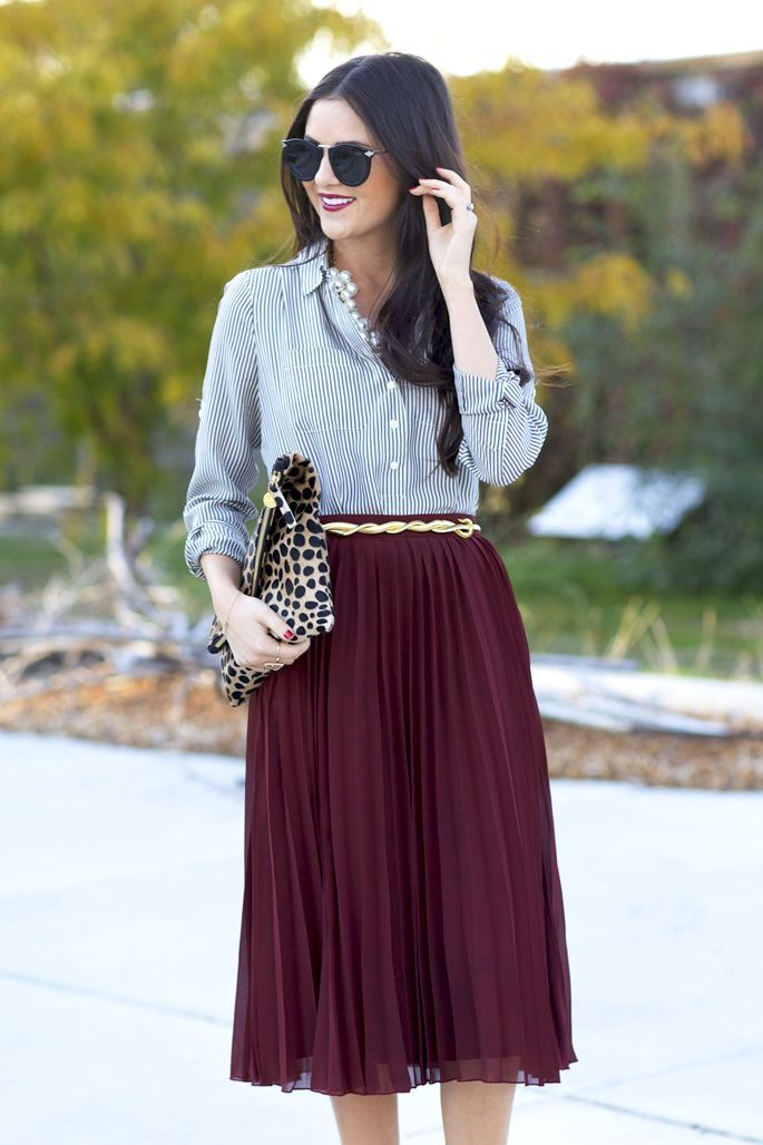 82cd052f05 pleated burgundy + chambray. Maxi skirts are totally in right now and it's  what you want to be wearing for this season! <3