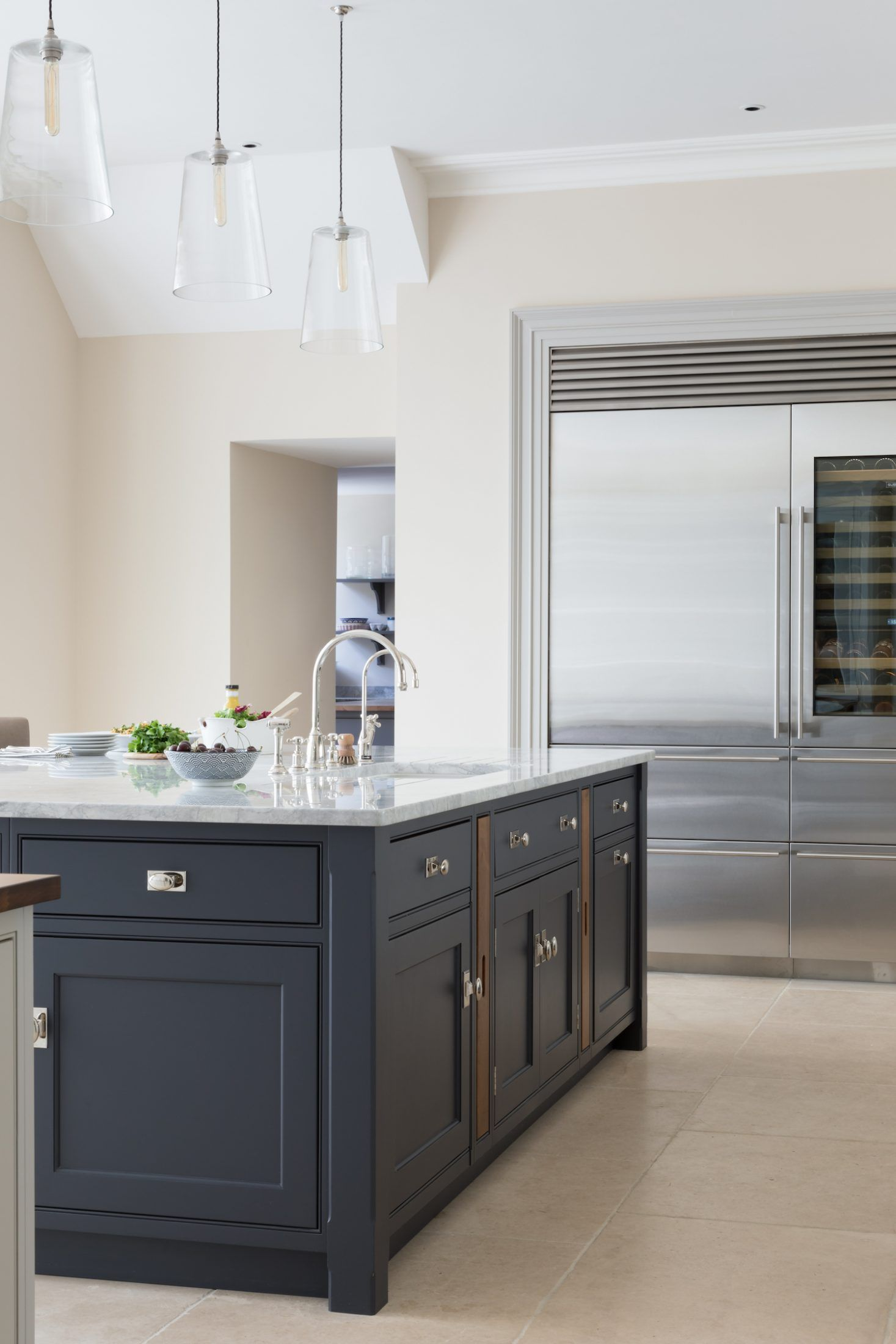 Best Cotswold Country House Project Main Kitchen Humphrey 400 x 300