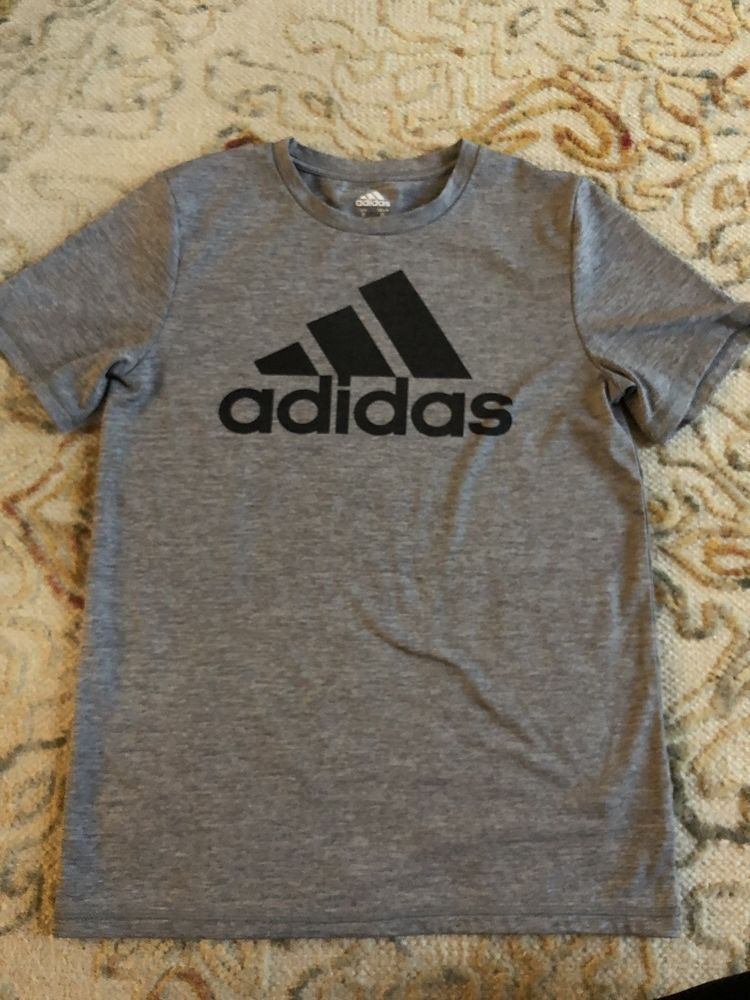 7d5d45cef NEW WITHOUT TAGS Boys Adidas grey lightweight athletic shirt - size medium  #fashion #clothing