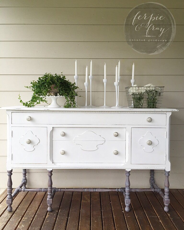 Dresser painted by amanda of ferpie and fray in general - Restauracion de muebles viejos ...