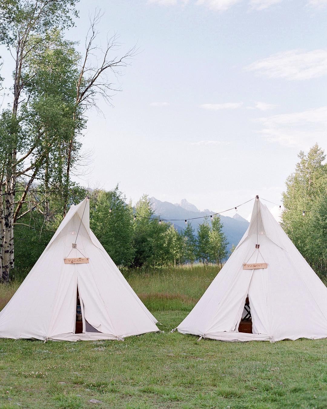 Lake Wedding Ideas: Lake Wedding Inspiration