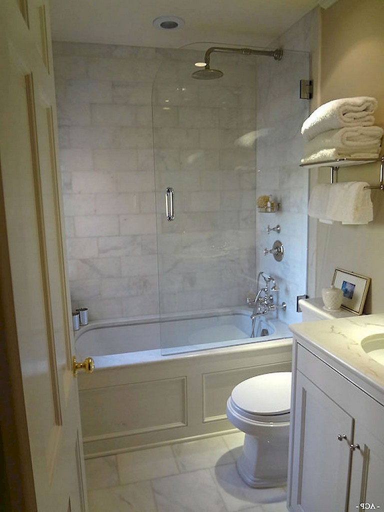 75 Beautiful Small Bathroom Shower Remodel Ideas Page 17 Of 76 In 2020 Tiny Bathrooms Small Bathroom Small Bathroom With Shower