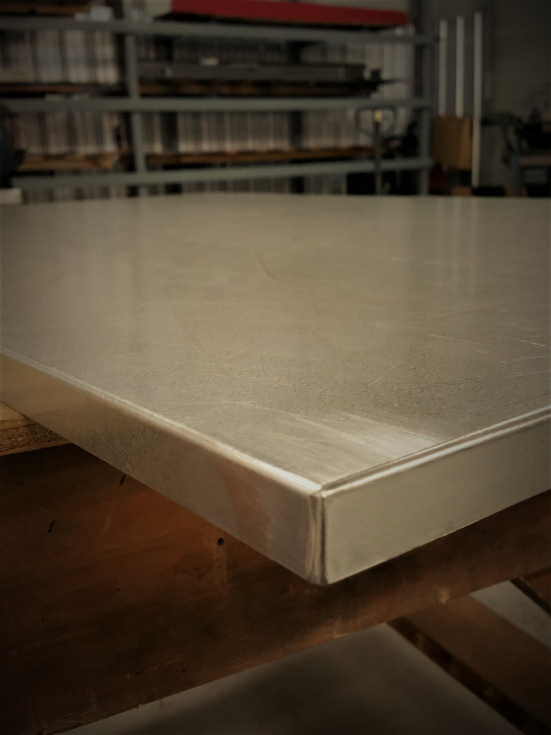 Soldered And Filed Metal Table Top Metal Shed Roof Steel Table