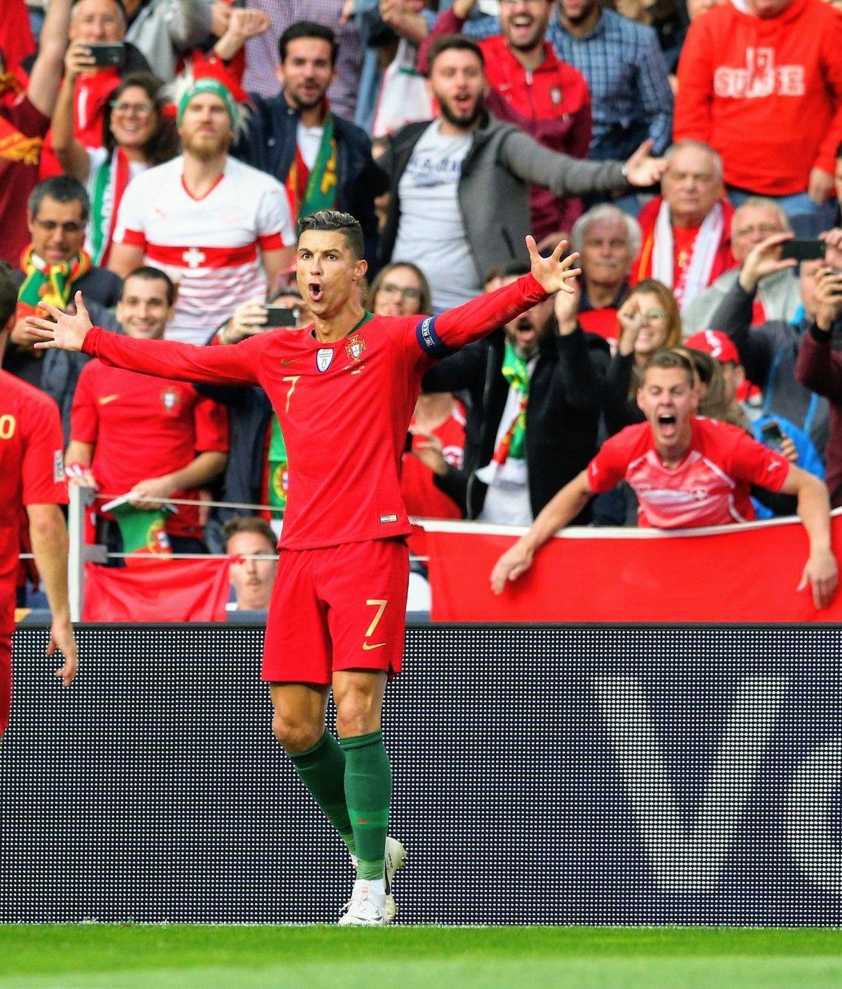 Cristiano Porvssui Uefa Nations League 2019 With Images Ronaldo Cristiano Ronaldo England Players