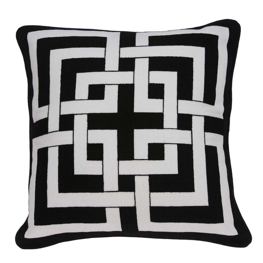 Homeroots Jordan Transitional Black And White Accent Pillow Cover 333954 The Home Depot Black Throw Pillows Throw Pillows Black And White Pillows