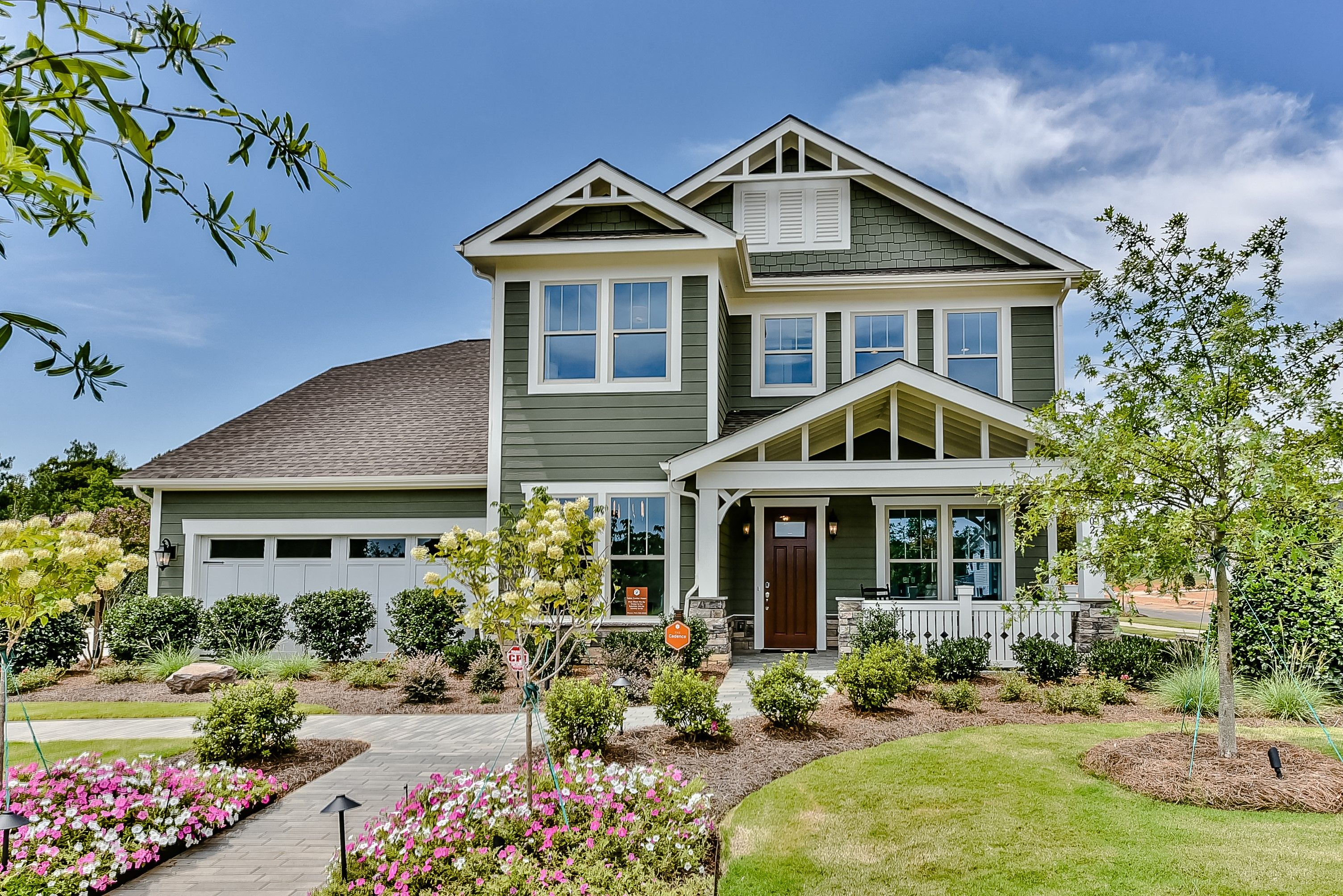 Cadence Southern Arts Crafts Elevation Siding Sw 2851 Sage Green Light Door Sw 283 Waterfront Homes For Sale Waterfront Homes Architectural Shingles