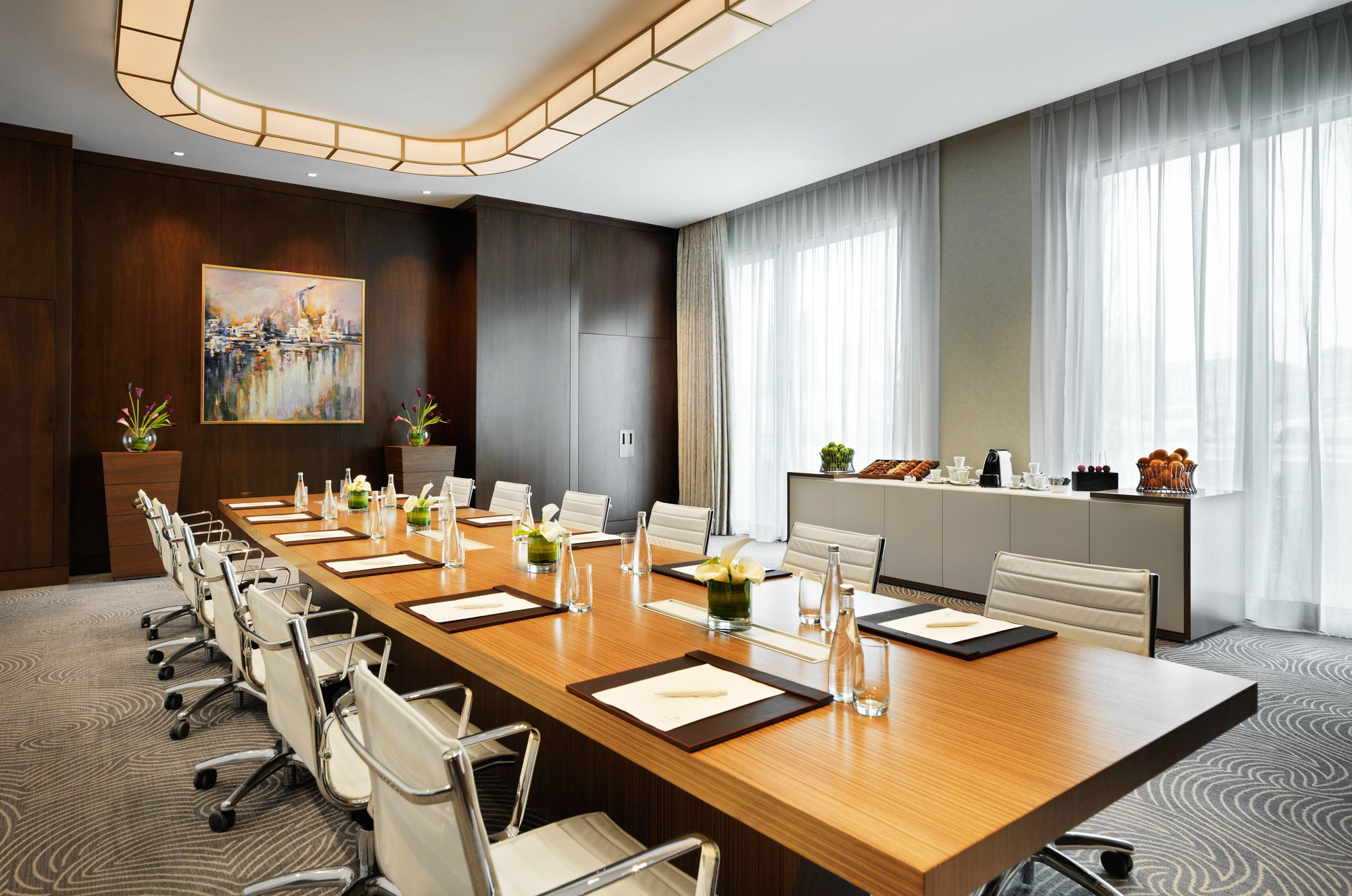 From Your Initial Enquiry To Your Departure Our Friendly Experienced Team Will Ensure Eve Meeting Room Design Conference Room Design Office Design Inspiration