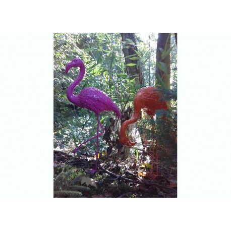 Flamant rose en résine pour décorer votre jardin chez ksl living decoration
