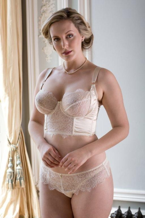 ce32f4bba2 Harlow and Fox are the ultimate in lingerie for fuller busts  silk