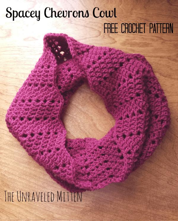 Spacey Chevrons Cowl Crochet Pattern