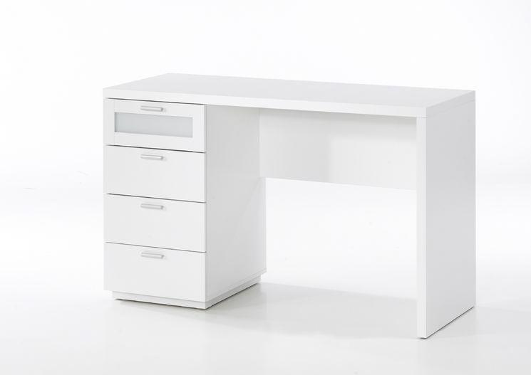 Chelsea Computer Desk Desk White Desk Wayfair White Desks