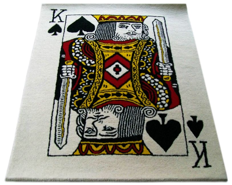 What do you think of one of our past creations? The king of spades #Rug was hand tufted with pure wool!