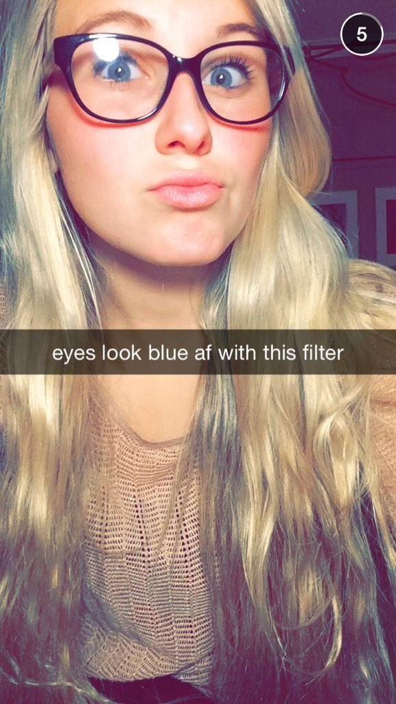 The 9 Snapchats Girls Send