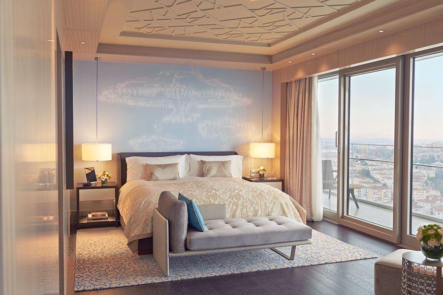 Raffles Istanbul Opens Elegant Master Bedroom Master Bedroom Interior Design Master Bedrooms Decor