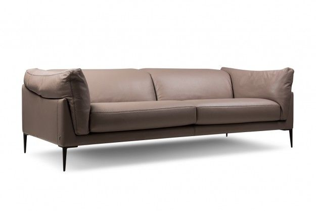 Cave Three Seater Sofa Features On Trend Italian Leather Finish And Color In An Eclectic Nod To Your Decor T Sofa Design Italian Sofa Sofa Furniture