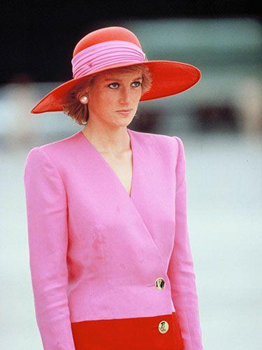 Princess Diana's Best Fashion Looks - The Evolution of Princess Diana's Fashion - Town & Country