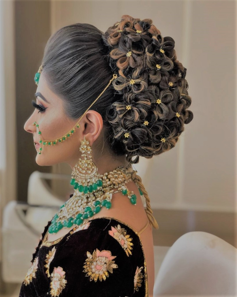 Juda Hairstyle for Saree Step by Step: the Only Guide You Need! in 2020 | Formal hairstyles for ...