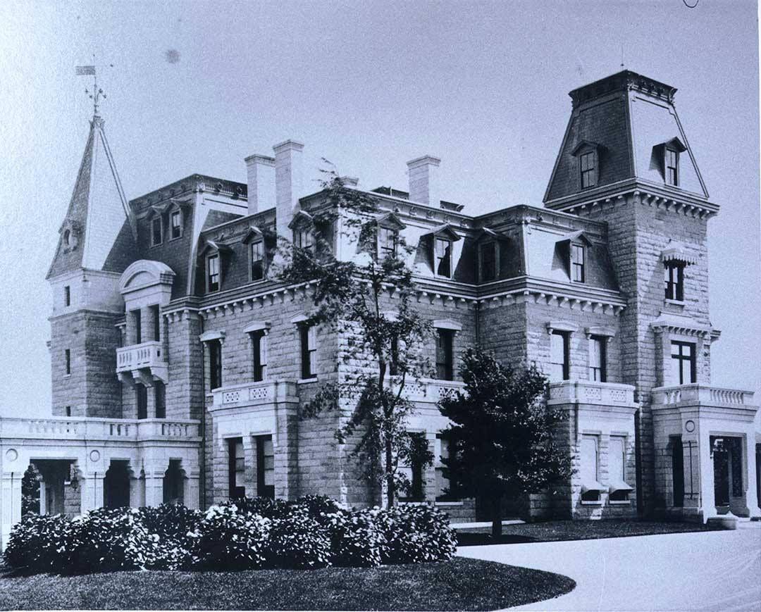 Exterior after 1870s renovation mansions vanderbilt