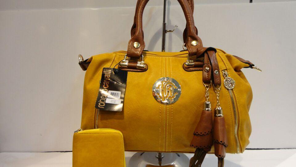 1400df14a شنط روبرتو كفالي مع محفظة السعر 180 جودة ممتازة | Bags | Bags ...