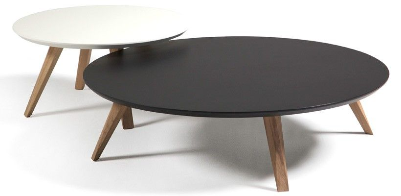 Table basse ronde oblique design prostoria tables - Tables basses rondes en bois ...