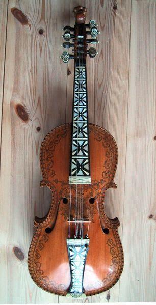 Norwegian Hardingfele Hardanger Fiddle With Mop Inlay Work Okay This Isn T Weaving But Weaving And Music Seem To G Violin Musical Instruments Instruments