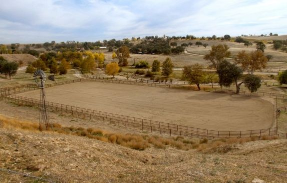 Rawister Ranch, Paso Robles, CA | Round pens for horses, Ranch