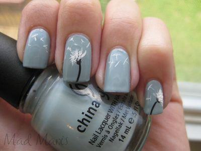 Dandelions: | 27 Ideas For Awesome Accent Nails - Dandelions: 27 Ideas For Awesome Accent Nails Nails, Nails
