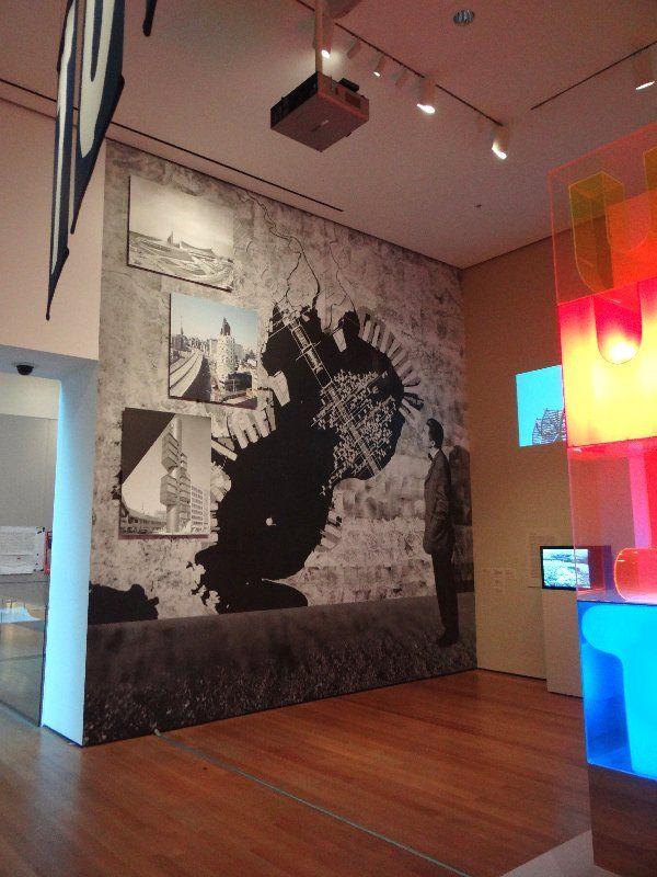 Large Format Digital Printing On Wallpaper Alternative Display