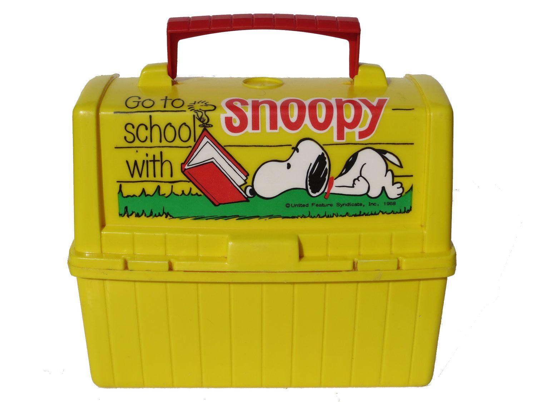 a40ff948bd Vintage 1968 Plastic Snoopy Lunch Box 1960s 60s Retro School Pail Peanuts  Woodstock Schulz Dog. $15.00, via Etsy.