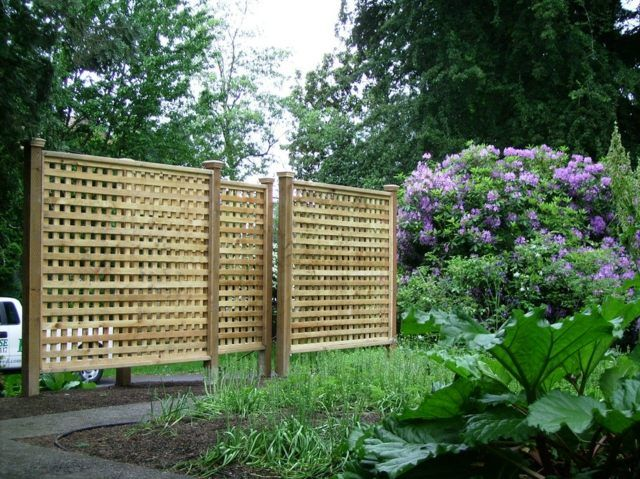 Holz Zaun Sichtschutz Holz Paravent hohe Pflanzen … | Pinteres…