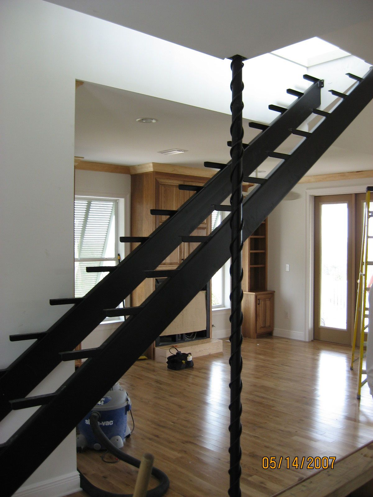 Best Steel Stair Tread With Wood Deck Railing Ideas At Http 400 x 300