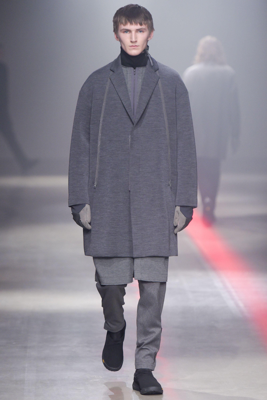 N.Hoolywood Fall 2016 Menswear Fashion Show