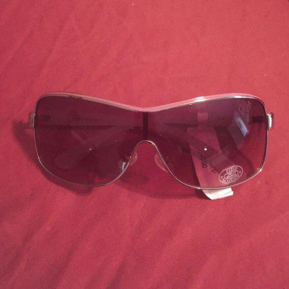 Steve Madden Accessories - Steve Madden sunglasses