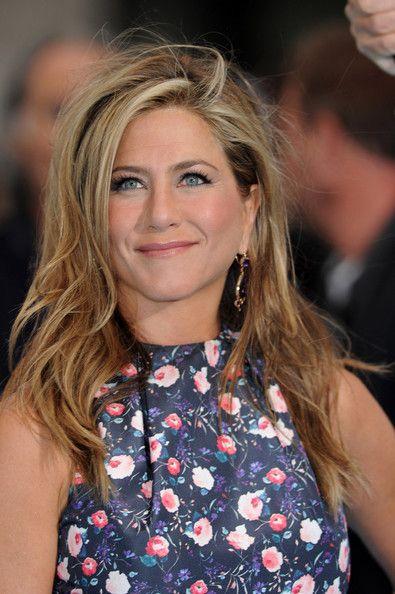 Jennifer Aniston Side Sweep Cortes de cabellos modernos, Actors y