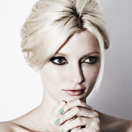 Eye-liner and green nails. Sophie from ANTM
